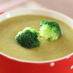 Brokolicová polievka inak