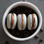 Kávové makrónky